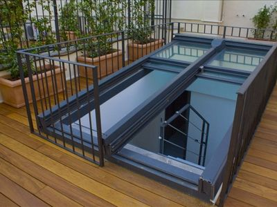Colosseum area house rental - CL Roof window