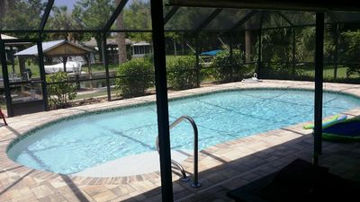 Waterfront, Heated Saltwater Pool, 2 Master Bedrooms, Sleeps 12, Near Gulf/Bay
