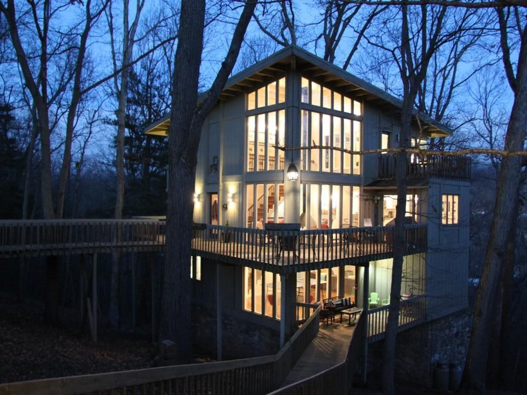 Tree Tops Stunning 39 Treehouse 39 With Homeaway Asheville