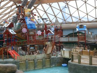 Massanutten house photo - Indoor water park is open year-round. The outdoor water park is open in Summer.