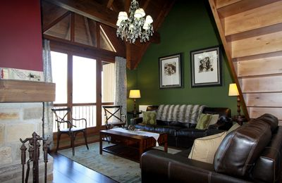 Charming Escarrilla - Spectacular Duplex with Views to the Pyrenees - FREE GARAGE