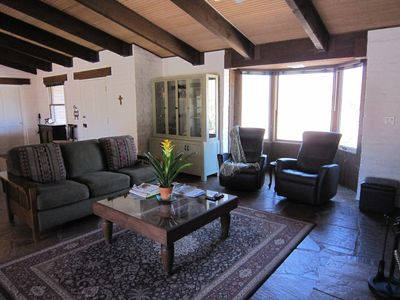 Borrego Springs house rental - Drink your coffee in the comfortable Euro lounges while enoying glorious views..