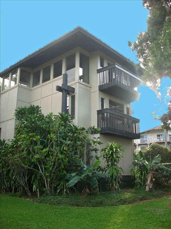 'The Tiki Tower'-Enchanting, Private 3 BR/3 BA Ocean View-Golf