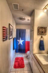 Dripping Springs house photo - Texas bathroom between Heirloom and Happy Trails room.
