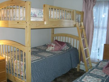 Bedroom 2, Bunk and a single