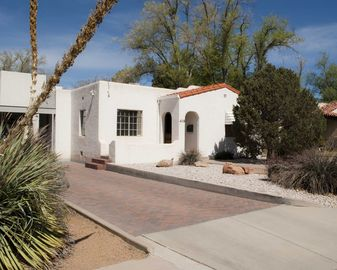 Albuquerque house rental - 1930's Fully Updated Traditional New Mexican Casa in quiet neighborhood.