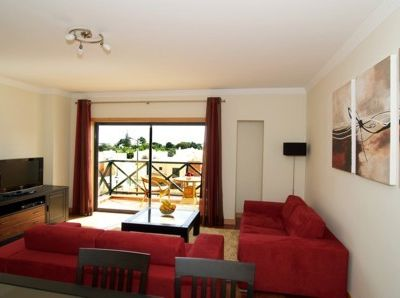 Large bright Lounge & Dining Room, 2 Bed Apartment