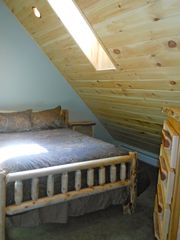 Warren chalet photo - Upstairs guest room with queen bed.