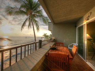 Kailua Kona condo photo - Awesome Sunset Views From The Very Large Lanai