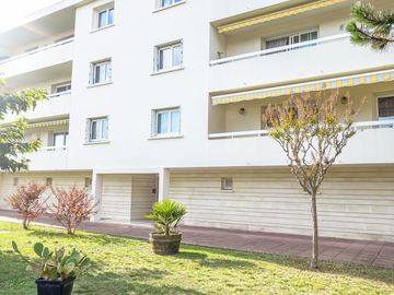 Lovely apartment for 6 people with WIFI, TV and parking