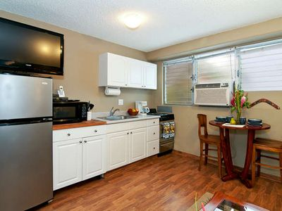 Waikiki condo rental - Full Kitchen Ready to Cook