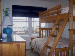 Wildwood townhome photo - Bunkbed w/full size bed on bottom and twin on top