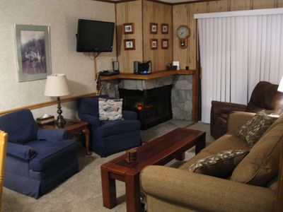 Relax in a cozy, comfy living room - Play a Game, Watch a Movie, Read a Book ..