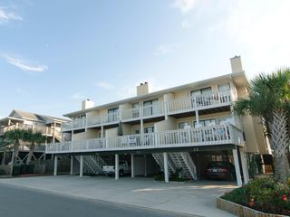 Enjoy A Relaxing Vacation At This Oceanside HomeAway Wrightsville Beach