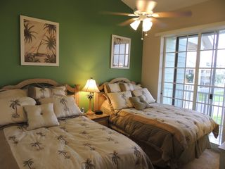 Ruskin townhome photo - Second bedroom with two queen size beds