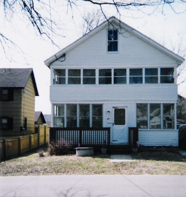 Old Greenwich Beach Cottage: Private Beach House, Private Old Colony...