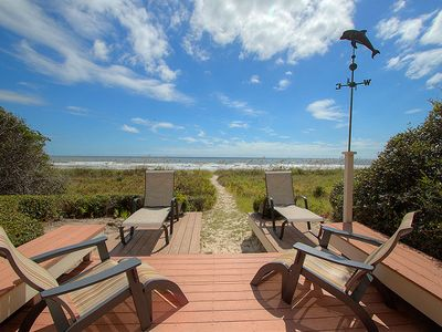 Private beachwalk and oceanfront sundeck