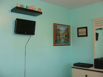 Guest Bedroom - Cable TV and DVD Player.