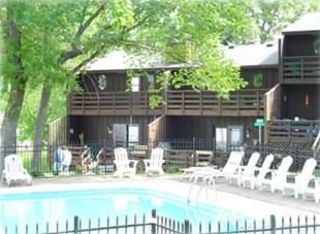 Annandale condo rental - Condo is Right By the Pool and Nearest to the Lake, Docks & Play Ground