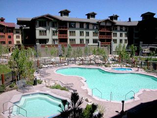 Mammoth Lakes condo photo - Pool and hot tub heated year-round.