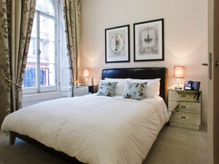 City of London apartment photo