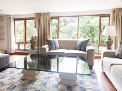 Spacious Four Bedroom Apartment in Zona T