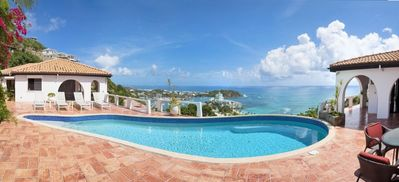 The Arches pool overlooking the Caribbean