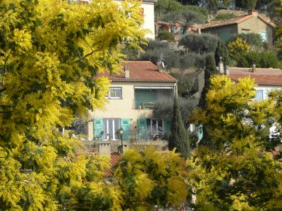 Garden apartment on the ground in the picturesque village of Bormes les Mimosas