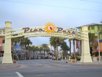 Beachside entrance to Pier Park