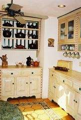 Naples house photo - Costume wood cabinetry