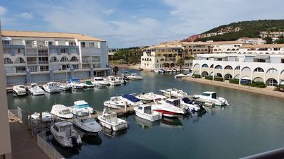 2 room apartment in marina overlooking the harbor 150m from the beaches