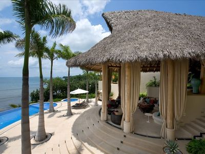 Grand Palapa Living Room, Pool & Ocean View(Pavilion 1)