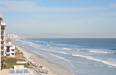 The gorgeous view from the balcony looking toward Daytona Beach