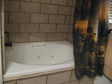 Upstairs - Luxury bath with garden jetted tub in King Suite