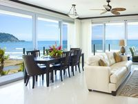 Manhattan hits Jaco 3br/3.5 ba Panoramic Ocean Views