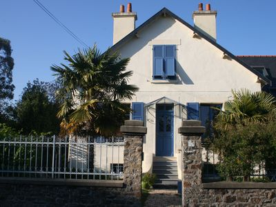 Charming house of year 1930 close to shops and the sea