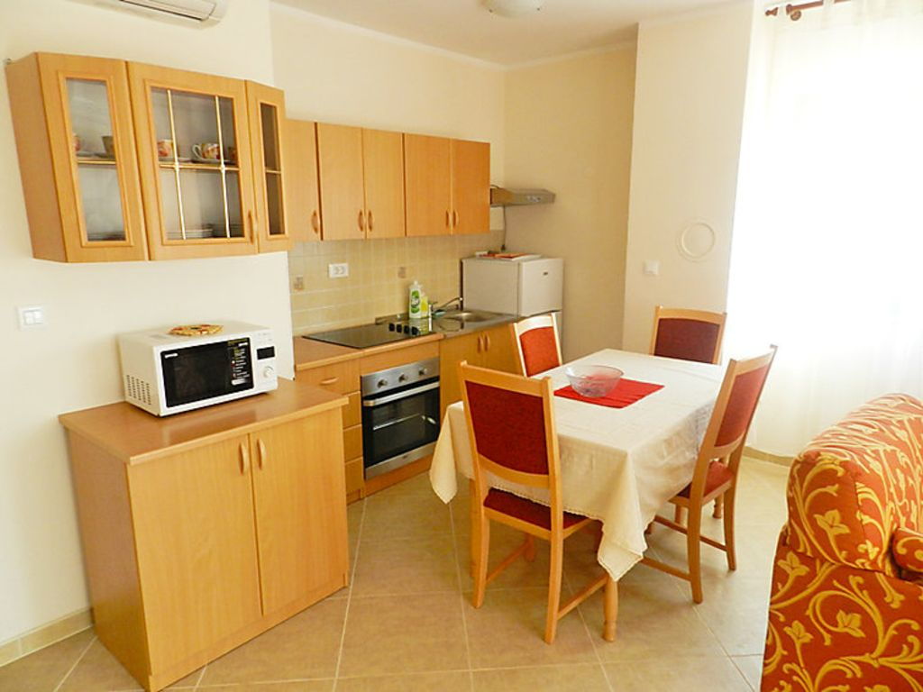 Holiday apartment 381806