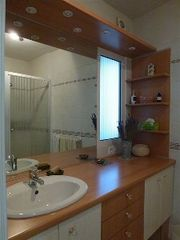 Vaison-la-Romaine townhome photo - en suite with shower