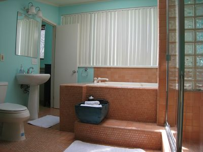 Hermosa Beach house rental - 3rd Bathroom with spa tub/stall shower