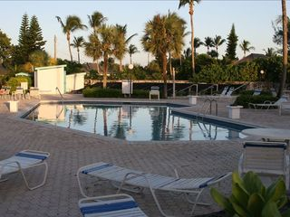 Treasure Cay villa photo - Large heated pool is a 1 minute walk