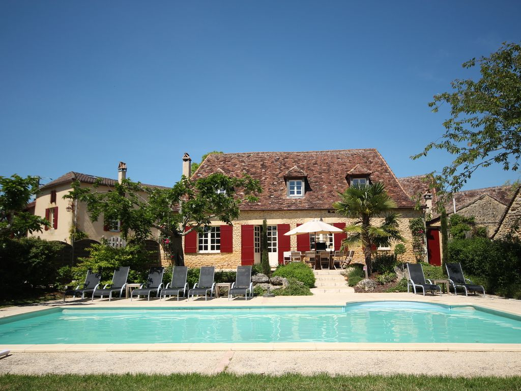 Peaceful house, with pool , Saint-alvcre