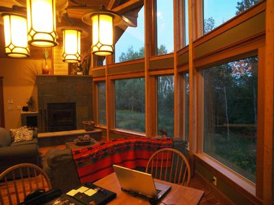 Lutsen chalet rental - Large wood burining fireplace