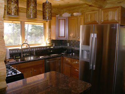 A wonderful kitchen with all the amenities.