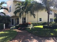 Newly renovated townhouse in beachfront community  near Delray Beach