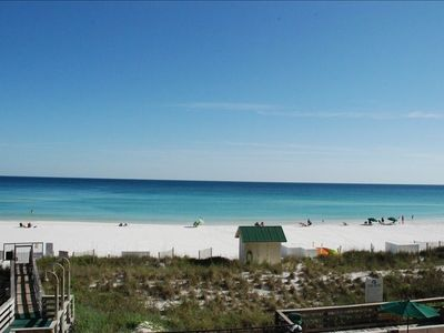 White Sandy Beaches of the Gulf of Mexico right out your balcony!