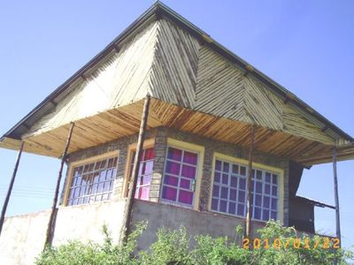 Rural Cabin With View Of Lake Nakuru
