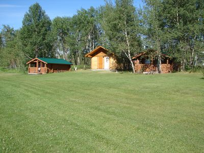 Secluded Lake View Cabins