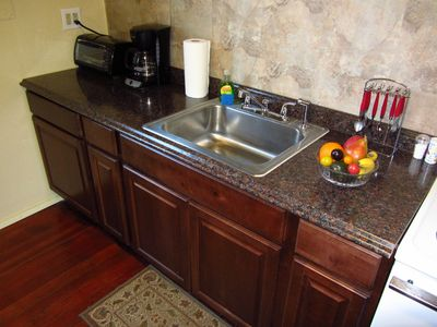Fully equipped kitchen can handle all your cooking needs