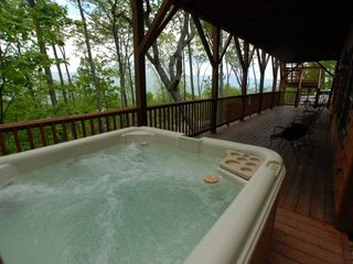 Maggie Valley cabin photo - Hot tub and view