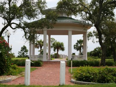 Historic Apalachicola Park on Bay
